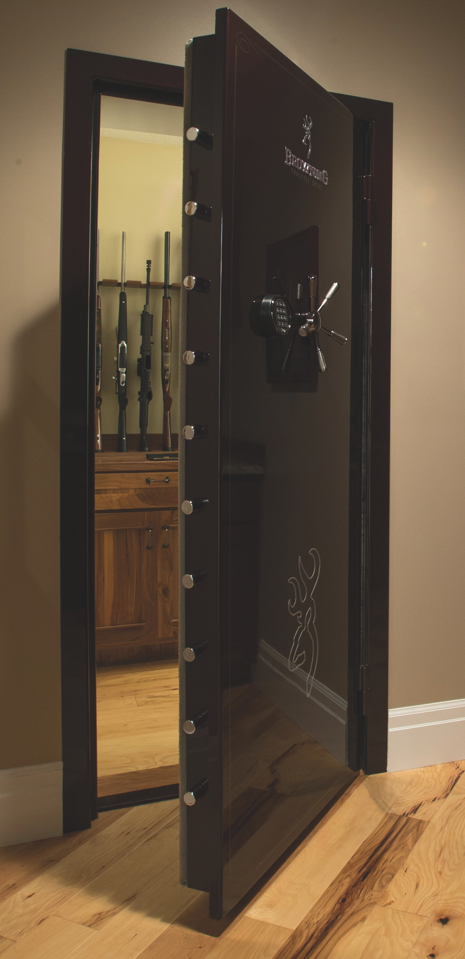 Browning universal vault door out swing 1601100075 for How to build a gun safe room